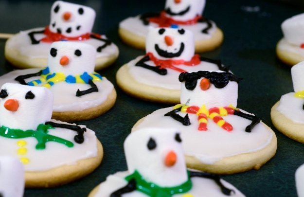sunglasses snowman cookie